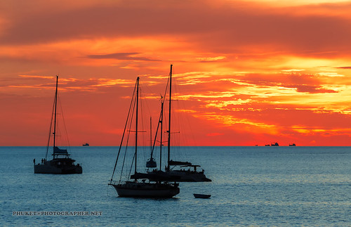 Sunsets at our yacht trip around Phuket island | by forum.linvoyage.com