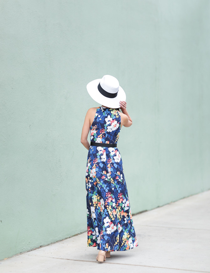 summer wedding guest fashion floral maxi dress banana republic