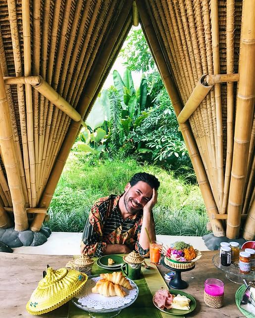 manlul_bali_indonesia_travel_brakfast_glamping_sandat_
