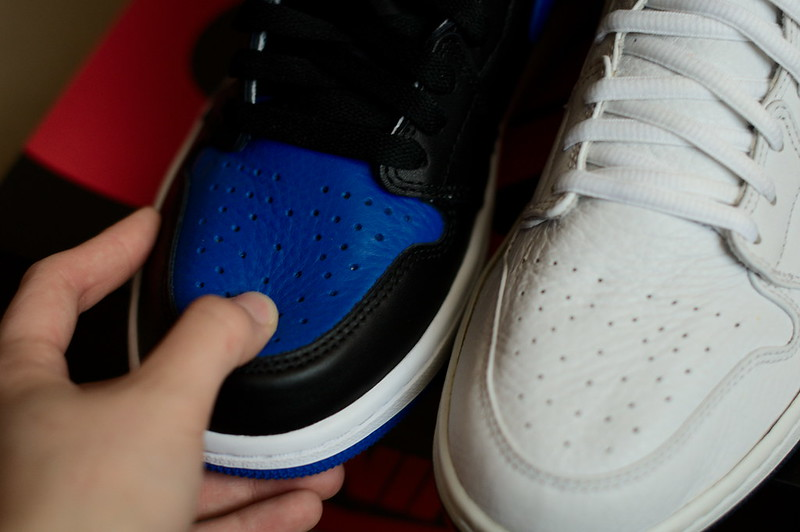 air jordan 1 retro og high royal blue comparison