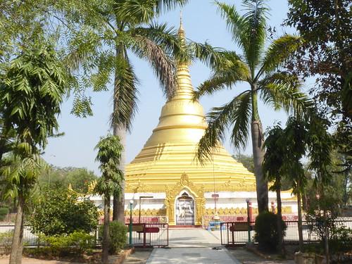 n-lumbini-est-Myanmar (1)