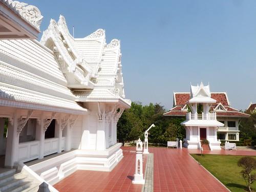 n-lumbini-est-thailande (2)