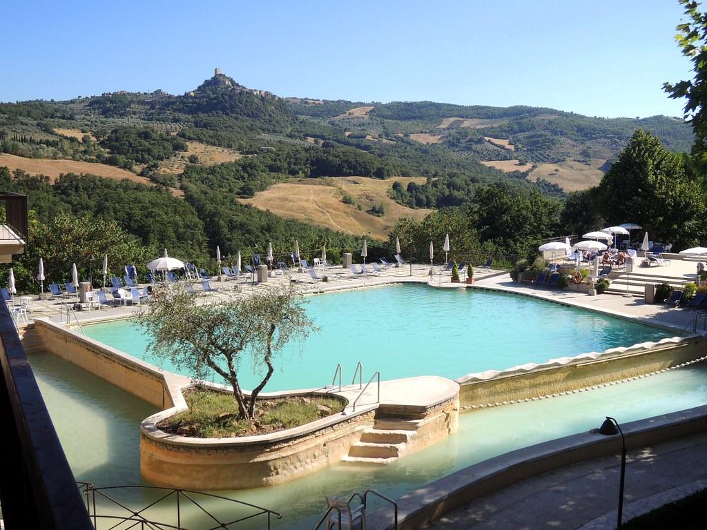 Bagno Vignoni, Hotel Posta Marcucci, Thermalbad Val di Sol… | Flickr