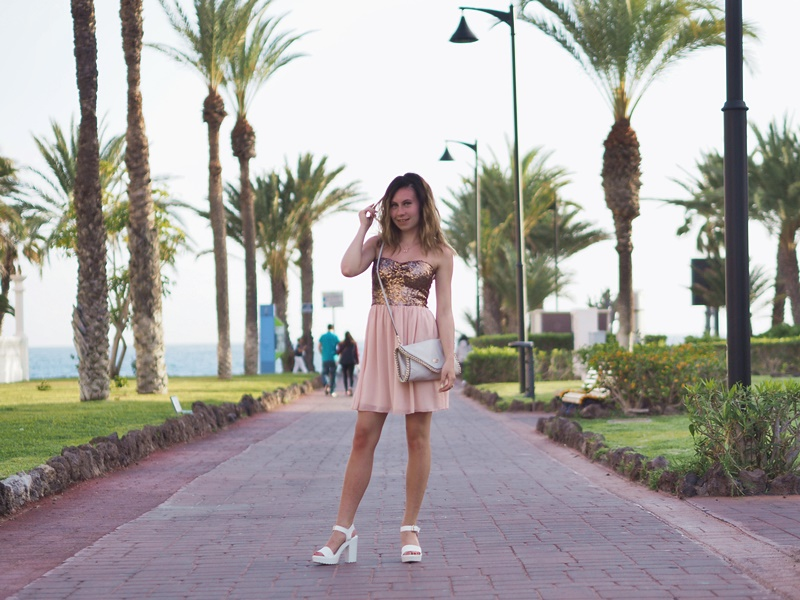 new-yorker-dress-mekko-paljetti-vaaleanpunainen