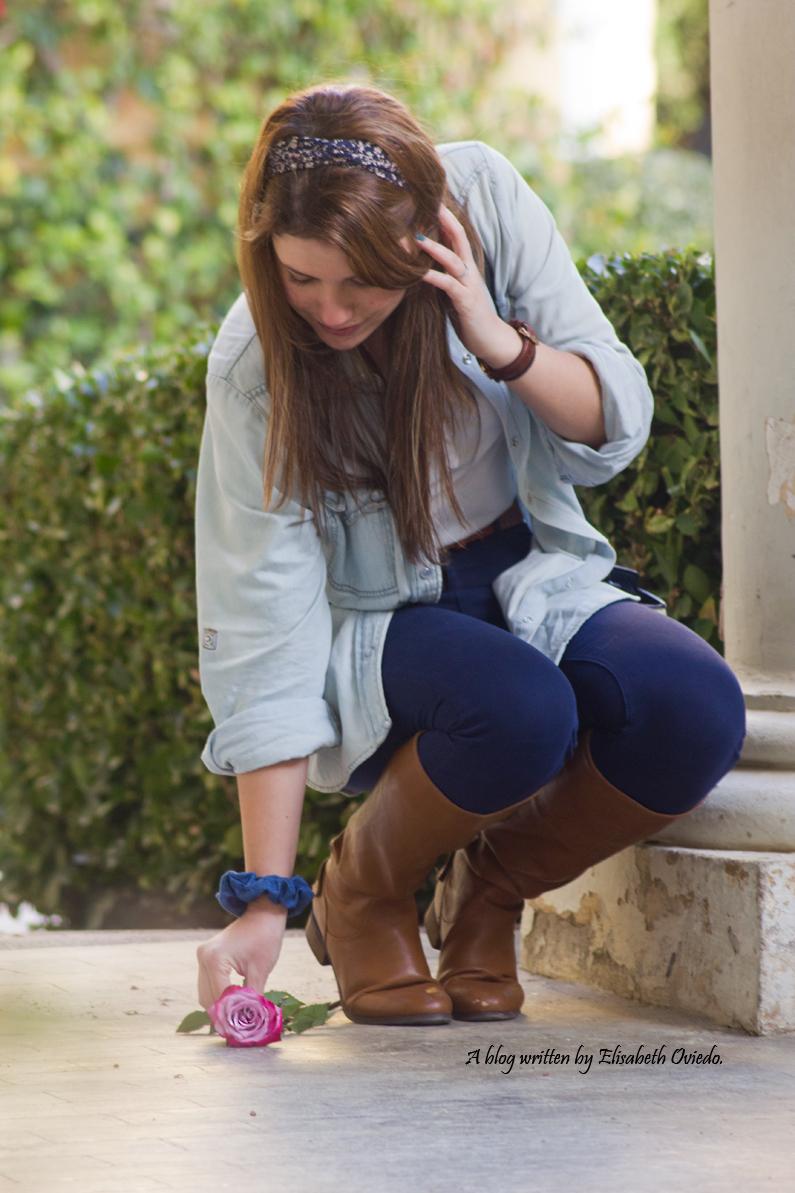 jeans look primavera heelsandroses botas marrones bolso grande (6)