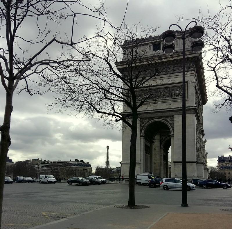 один день будущего ИП в Париже