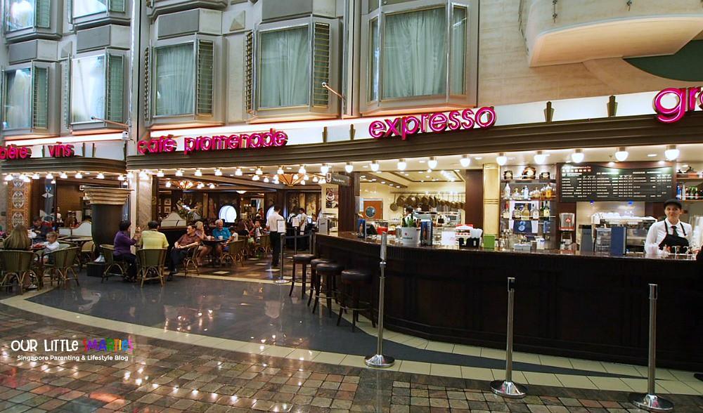 Cafe Promenade on Mariner of the Seas