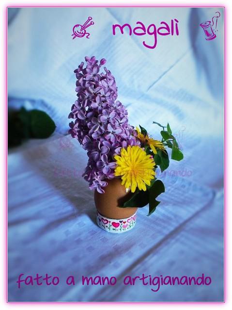 centrotavola di Pasqua fiorito con vasuova