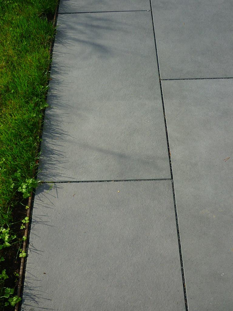 einfassung stahlkante | www.joergkaspari/hausgarten-noll… | flickr