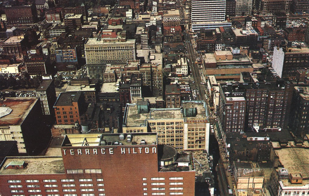 Terrace Hilton and Downtown - Cincinnati, Ohio