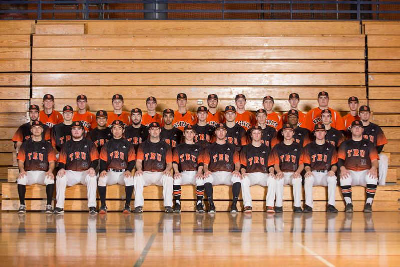 2016-17 Spring Baseball team photo (Andrew Snucins)