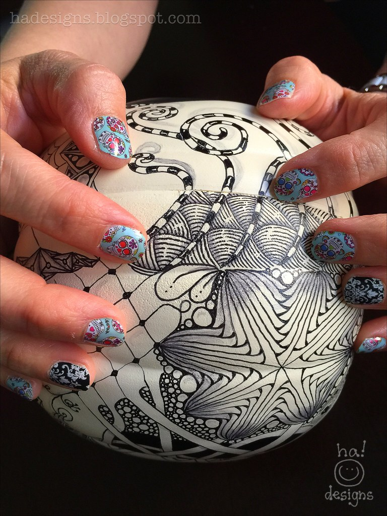 Dia de los Muertos Nail Art | Sugar Skull Delight! More deta… | Flickr
