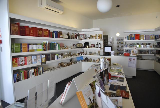 Bênção e inauguração - PAULUS Livraria Fundão