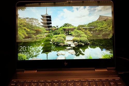 "4K monitor HP Spectre x360 13.3"" 04"