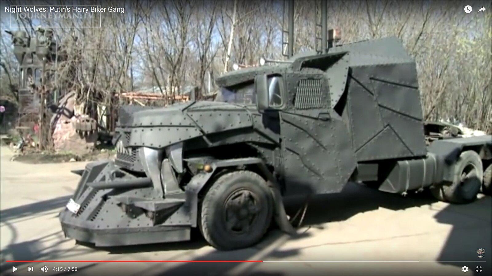 [Déterrage] Wolf Truck sur base de Diamond Reo AMT au 1/24 32105662134_4264d1b911_h