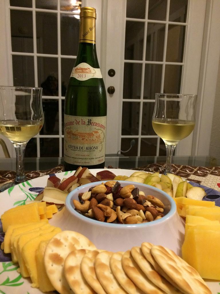 Domaine de la Becassonne Côtes du Rhône White Wine with Gouda and Double Gloucester