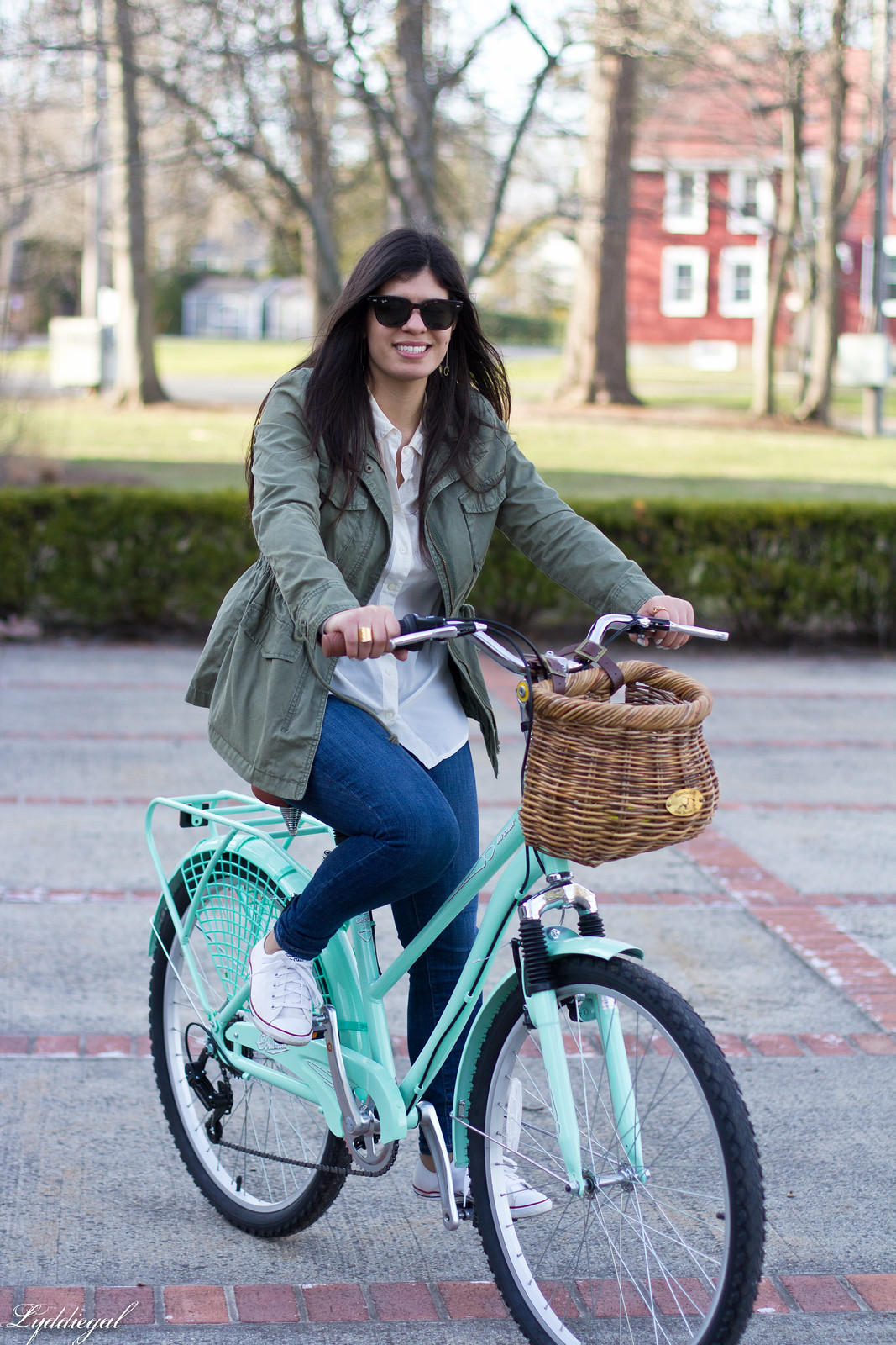 bike riding outfit, white shirt, green field jacket, white converse-2.jpg