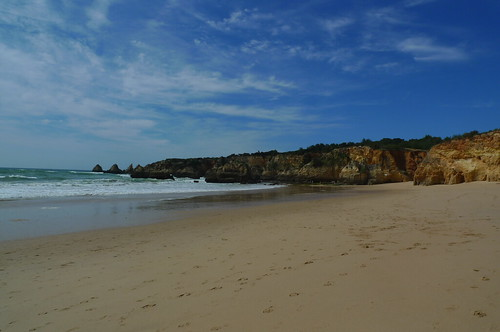 Walking from Praia da Rocha to Alvor, Portugal
