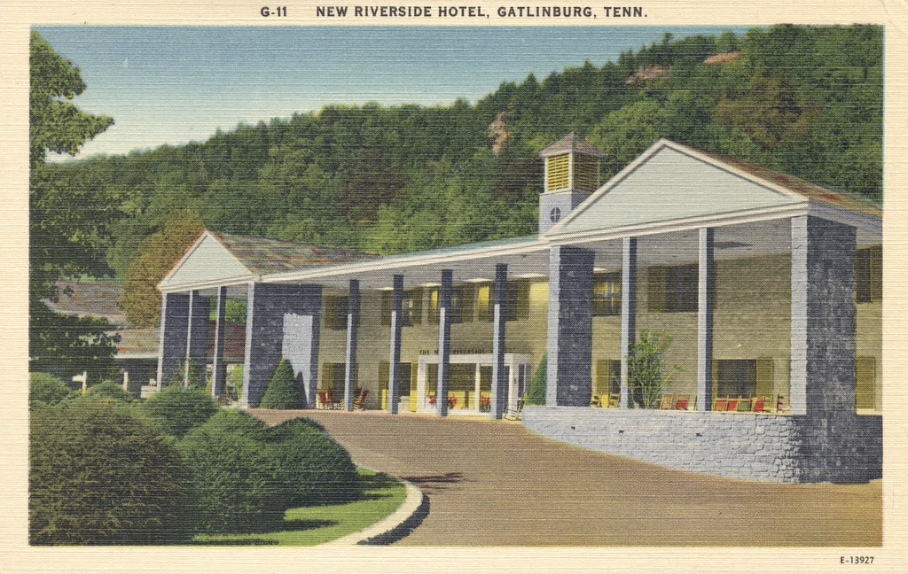 New Riverside Hotel - Gatlinburg, Tennessee