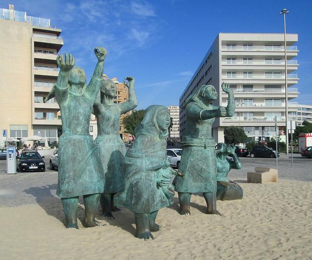 Matosinhos Beach Monument