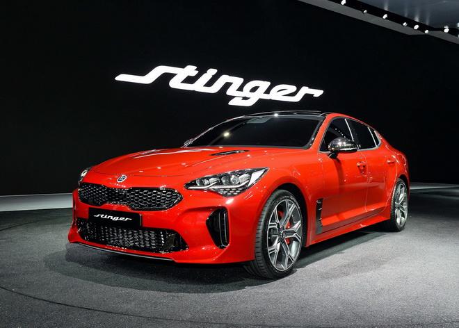 1.韓國首爾車展KIA GT Concept與KIA Stinger同步登台,正式宣告KIA進軍豪華頂尖跑車決心。