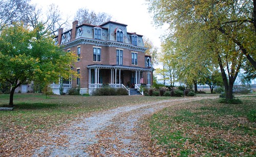 Historic mansion to host preview of new paranormal tours | by KOMUnews