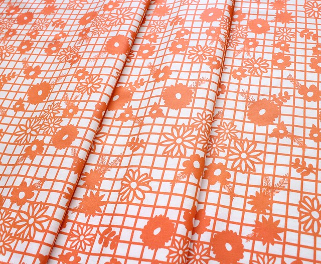 Art Gallery Fabrics Fiesta Fun Papel Picado Naranja