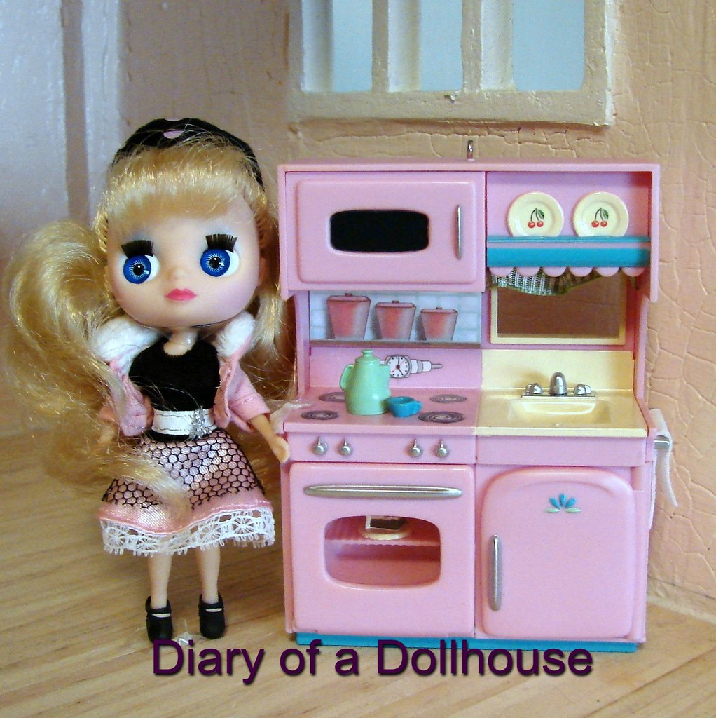 Kitchen Ornament Hallmark Kitchen Ornament And Lps Blythe Doll Wwwdiaryofa Flickr
