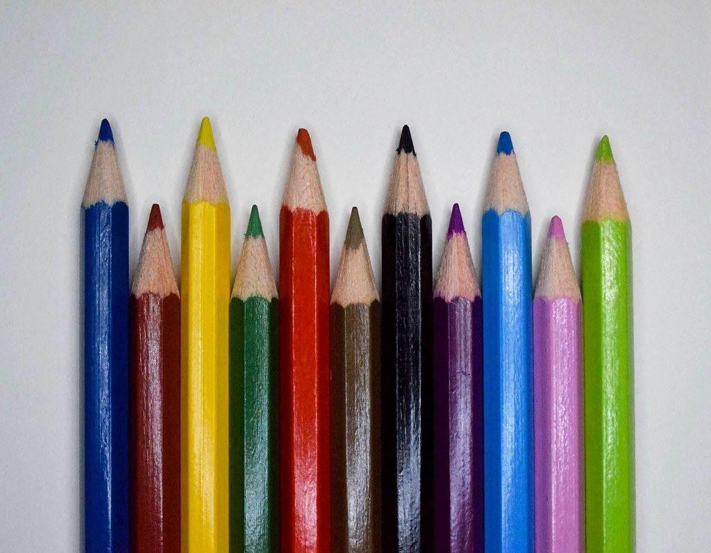 colored pencils (24)