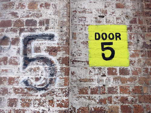 syd045door5