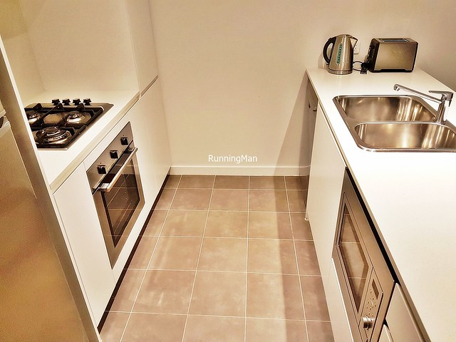 Silkari Suites Chatswood 05 - Kitchenette