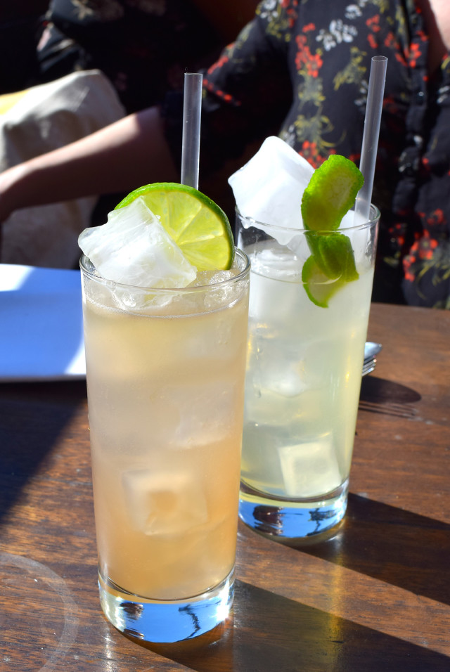 Cocktails at Beagle, Hoxton | www.rachelphipps.com @rachelphipps