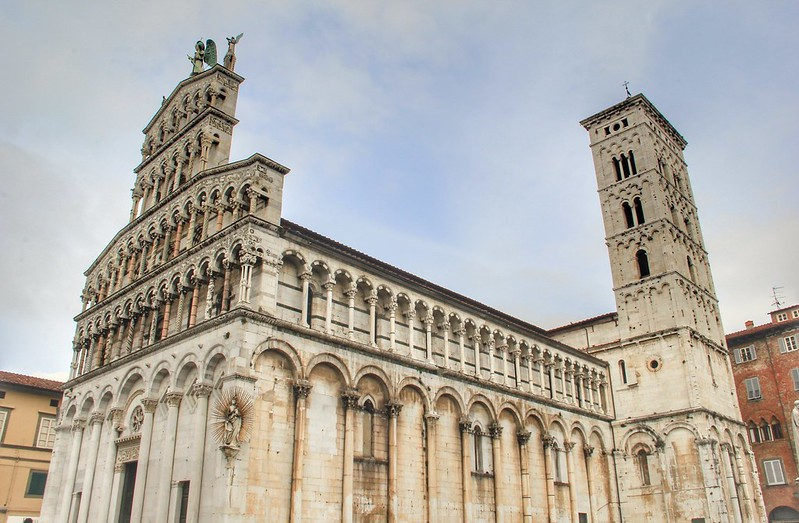 Day Trips From Florence The Charming Walled City Of Lucca Gallop Around The Globe