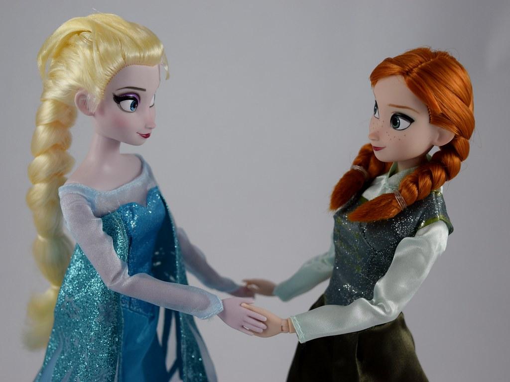 Elsa Anna Ice Skating Set