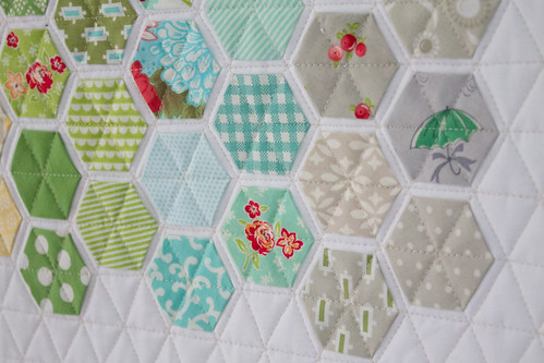 bonnie & camille modern hexies mini quilt | by heartmadelife
