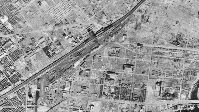 USA-M324-A-6-21__1946