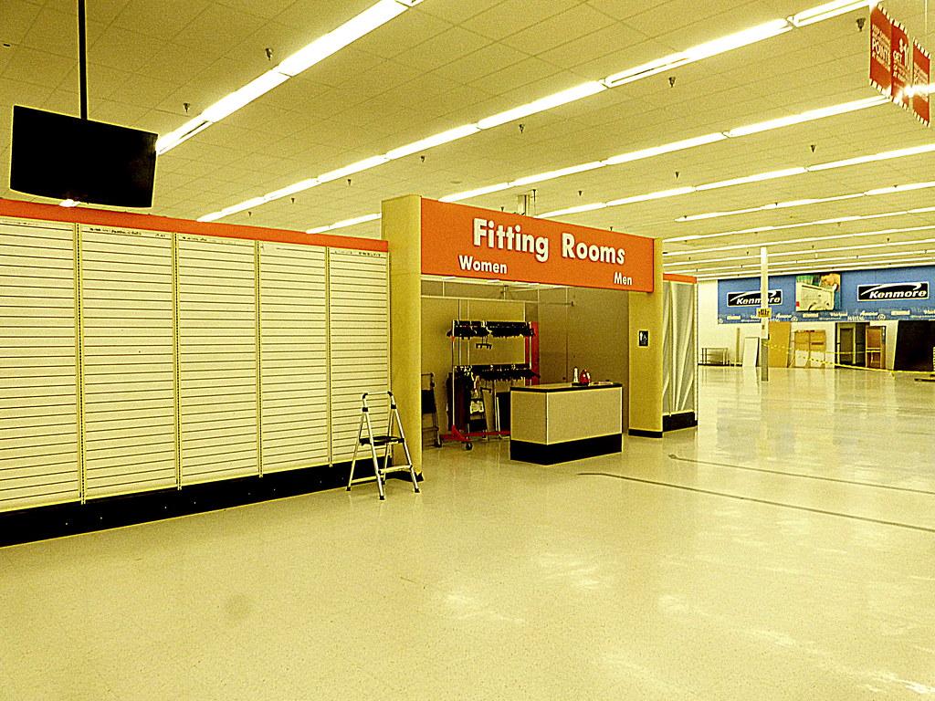 Super Kmart Closing Brooklyn