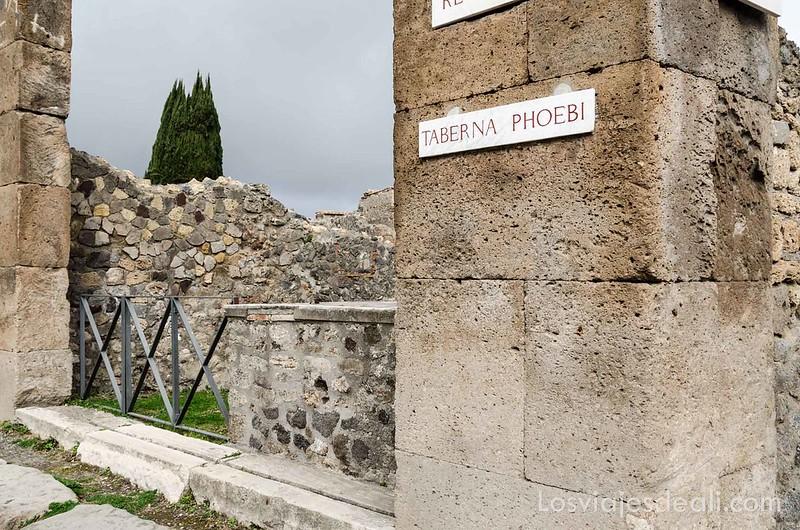taberna Phoebi en la visita a Pompeya