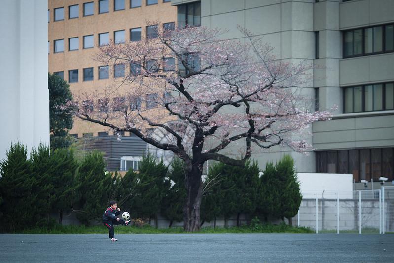 踢球小孩|東京都 Tokyo