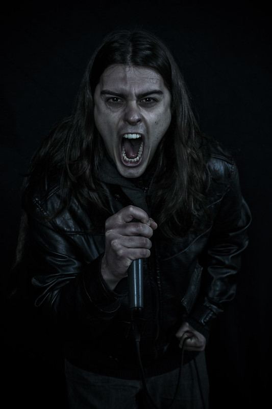 Alex, vocal Lock Horns