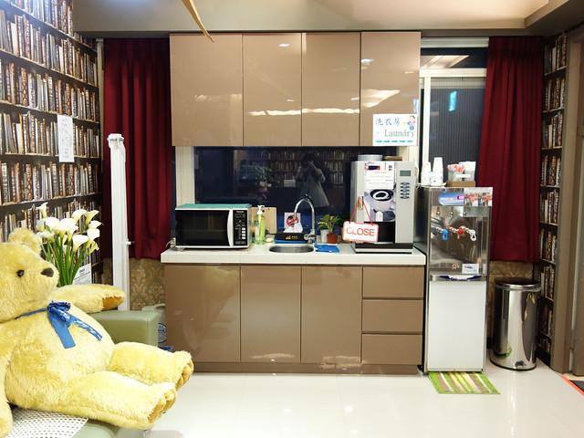 有微波爐、洗碗槽、飲水機、咖啡機@清翼居童話館,近台北車站的住宿選擇