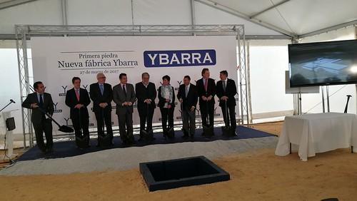 Primera piedra de la nueva fábrica de Ybarra en el Polígono Aceitunero