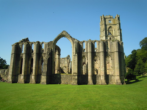 At Fountains Abbey. From Studying Abroad in London: Weekend Trips You Should Take