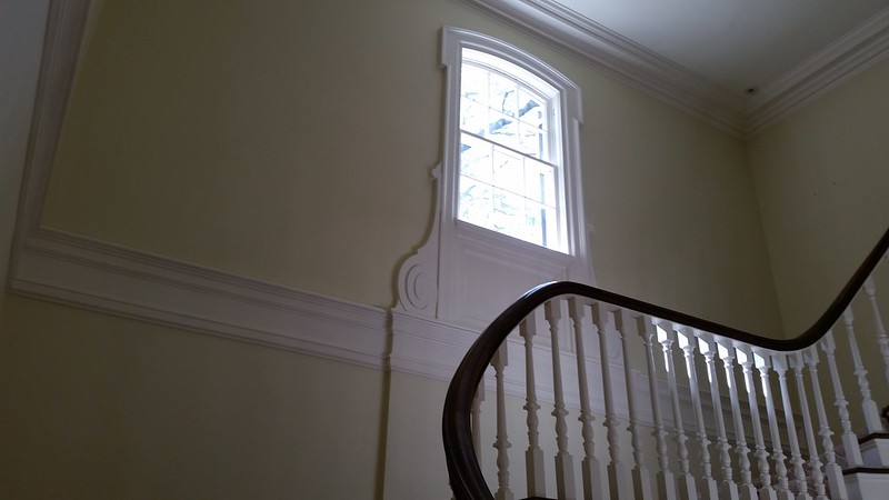 20170408_110558 2017-04-08 Neel Reid 2922 West Andrews classic Georgian stair foyer window