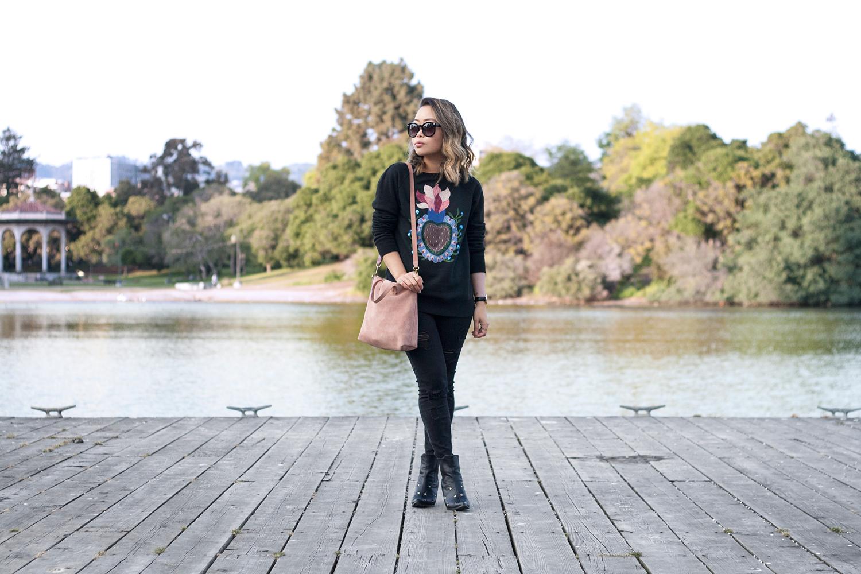 01valentino-graphic-sweatshirt-fashion-style