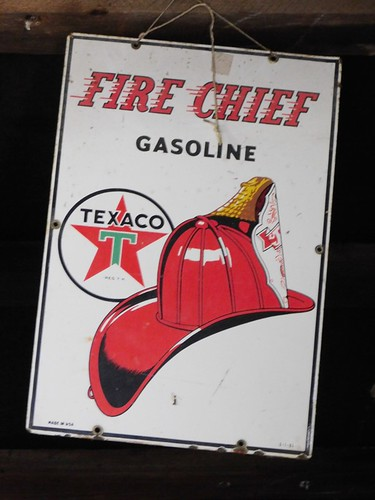 1950s Fire Chief Texaco | by thornhill3