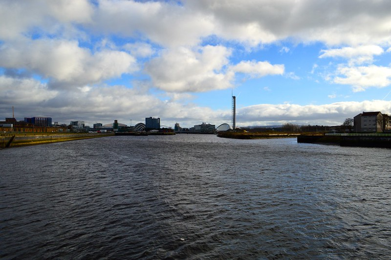 This is a picture of the river clyde in Glasgow