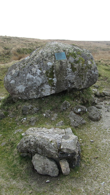 Memorial and letterbox at Duck's Pool