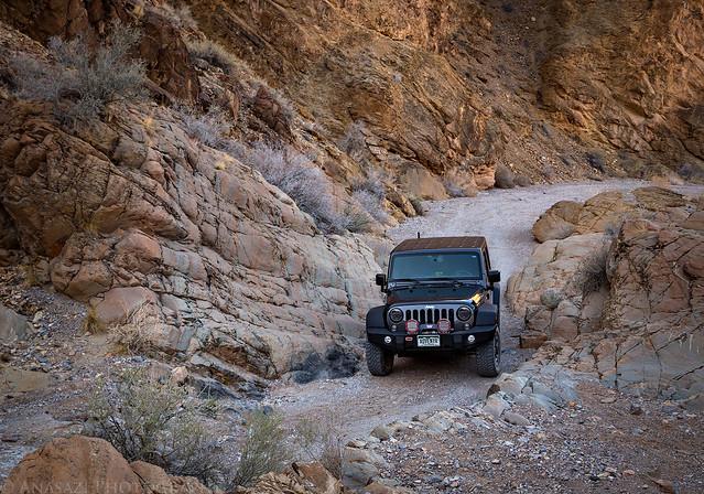 Dedeckera Canyon Trail