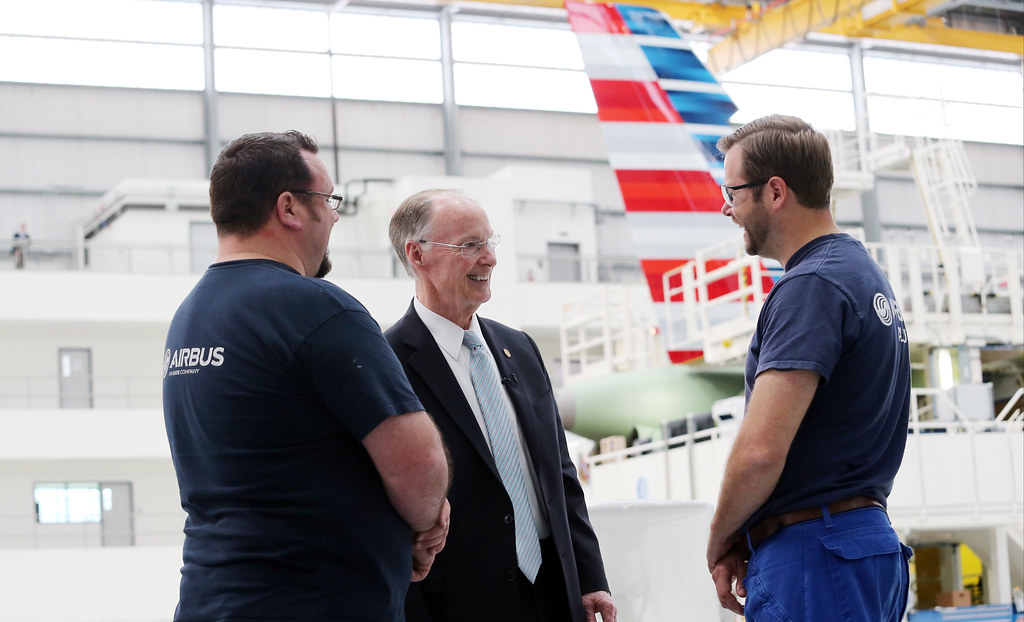 03-28-17 Governor Bentley visits Airbus, Receives Update on Production